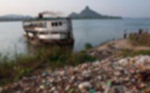 plastic-pollution-1398438_edited.jpg