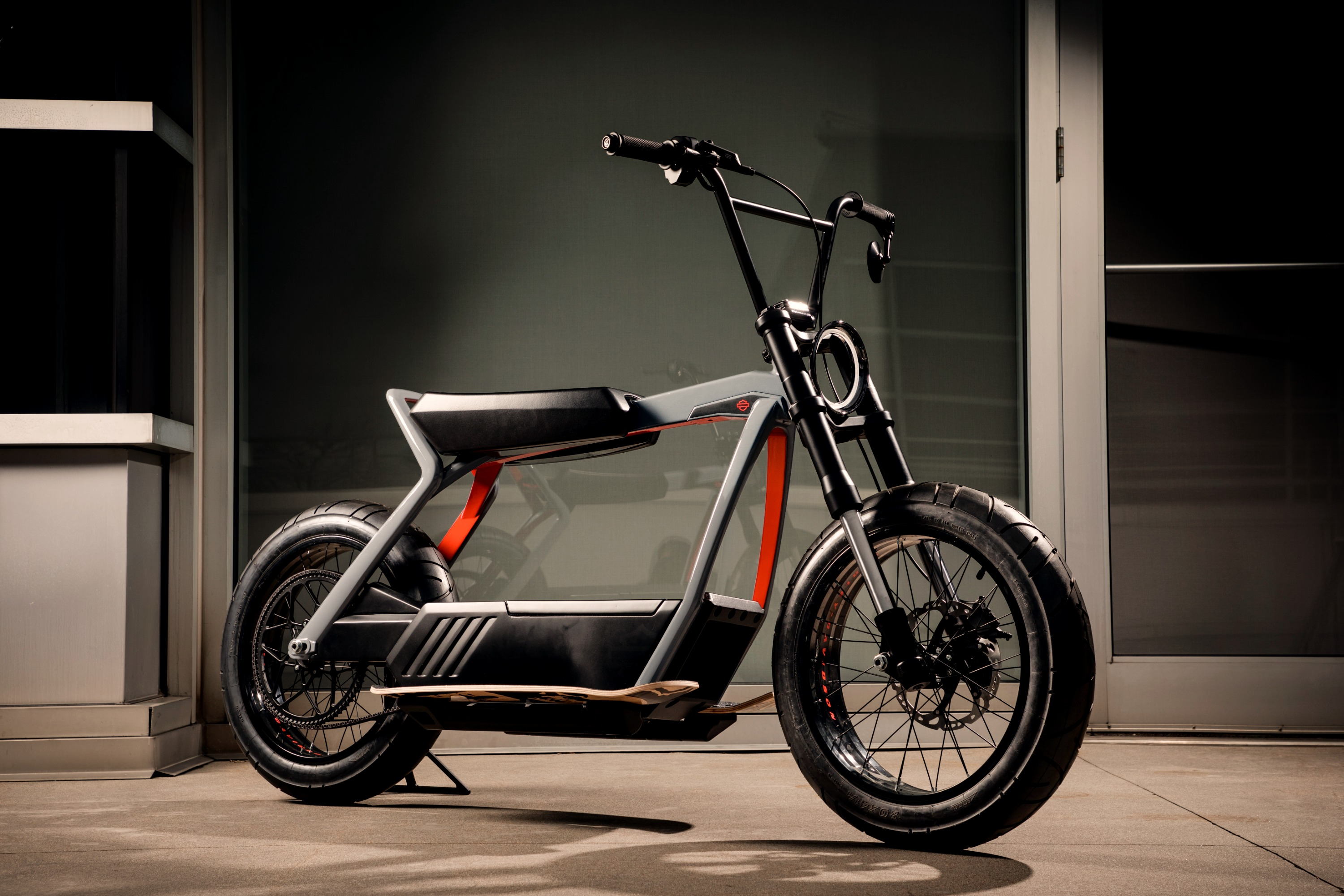 black and grey electric minibike_edited.