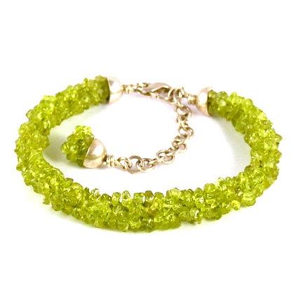Bracelet Kumihimo Péridots