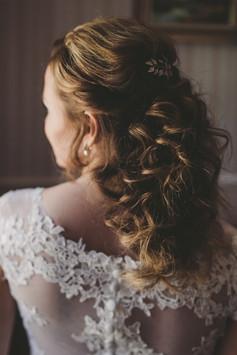 Brautstyling, Brautfrisur