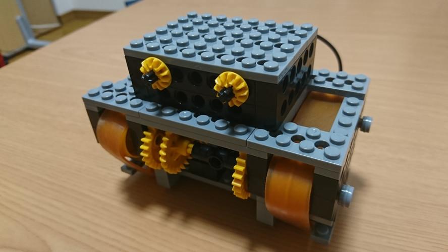 戦車ロボット