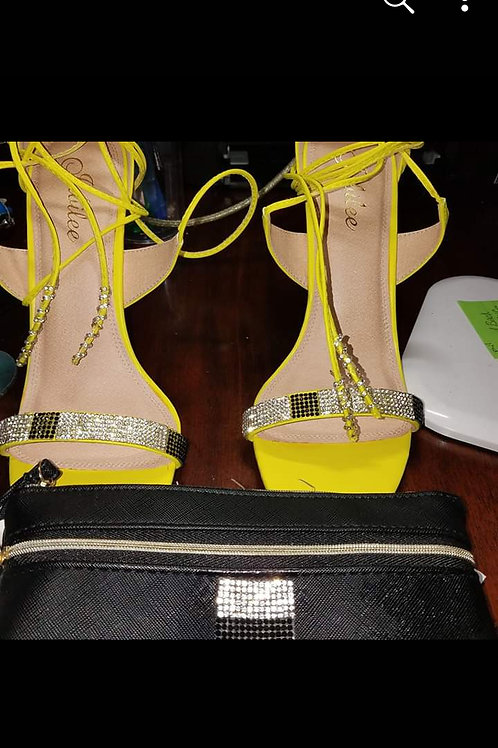 heels and clutch custome