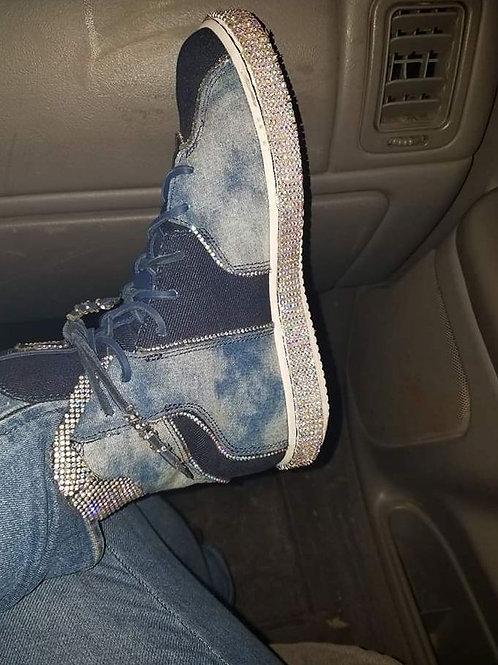 Customized kicks #trimdiamond