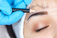 Permanent make-up for eyebrows of beauti