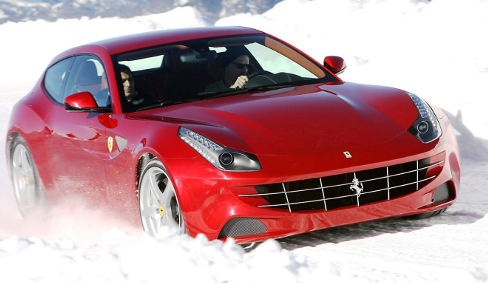 2012-Ferrari-FF-at-Snow-247