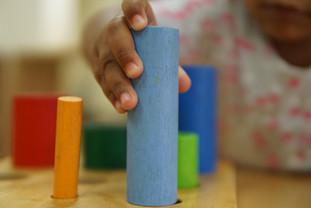 ¡Asegura la educación de niños y niñas víctimas de violencia!