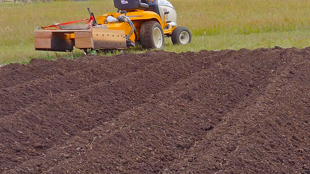 Cub Cadet, Tiller, Hydraulic, Soil, Spread and incorporate soil amendments prior to planting. We add compost as well as slow-release, organic granular fertilizer to nourish the soil as well as our garlic in the seasons to come.