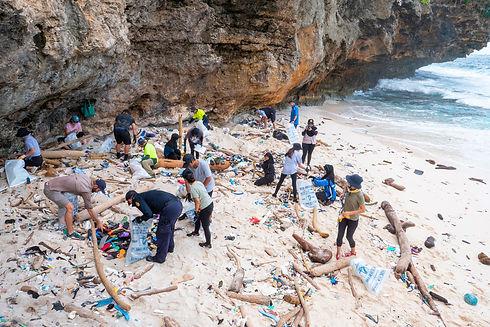 200811 greta cleanup chris bray photos 0