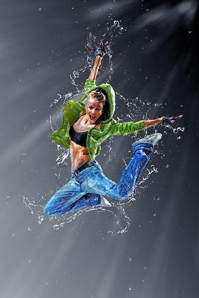 jumping-1861977_1920.jpg