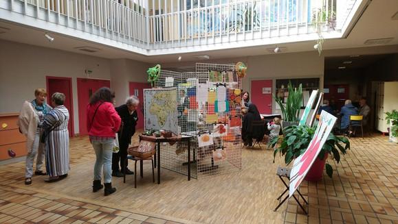 exposition au centre social.jpg