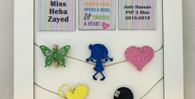 Personalized teacher picture hangers