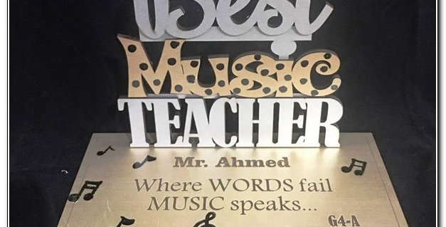 Personalized best teacher stand