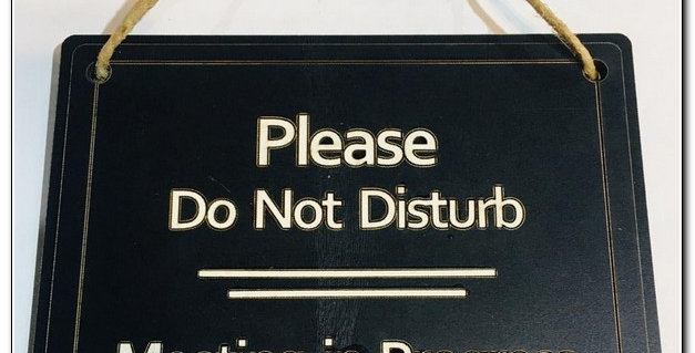 Please do not disturb double sided sign