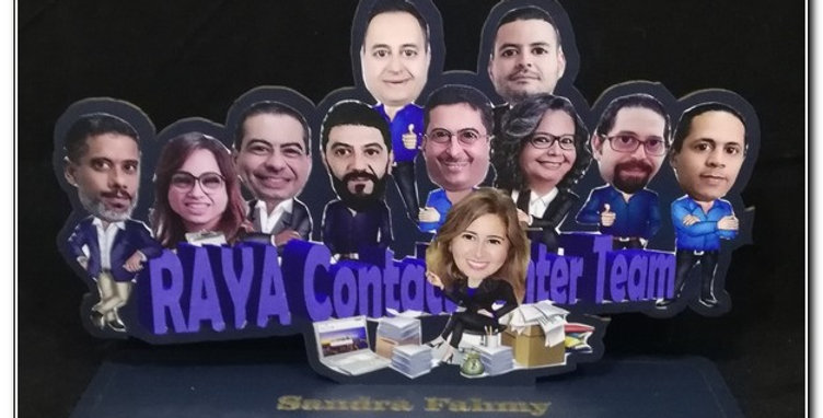 Personalized caricature stand