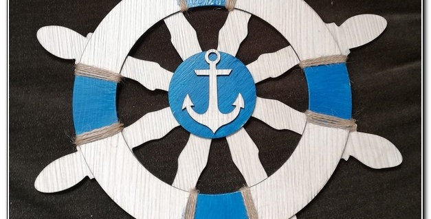 Beach wooden ship wheel wall art