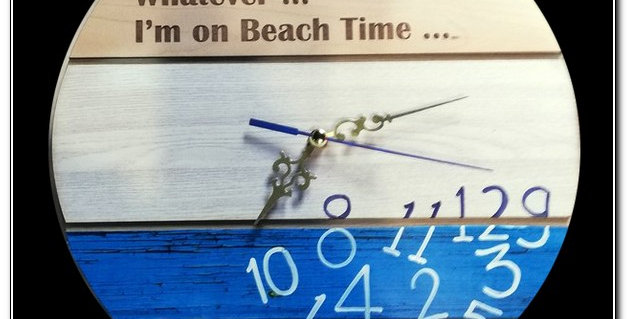 Beach themed clock