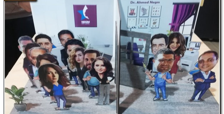 Personalized caricature Clinic stand