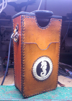 WORKSHOP1209 Leather Seahorse Keepsake B