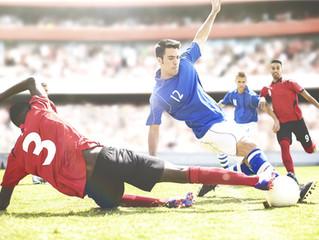 Wie sind die verletzten Fußballprofis versichert?