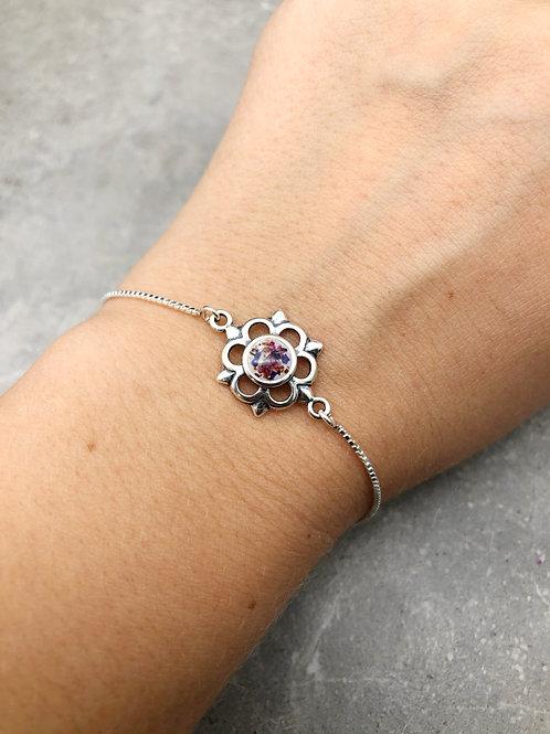 Flower Bezel Link Bracelet