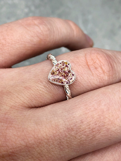 Flower Memorial Dainty Heart Ring (Triple Twisted Band)