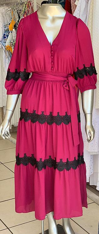 vestido liso com renda e cintura com elastex