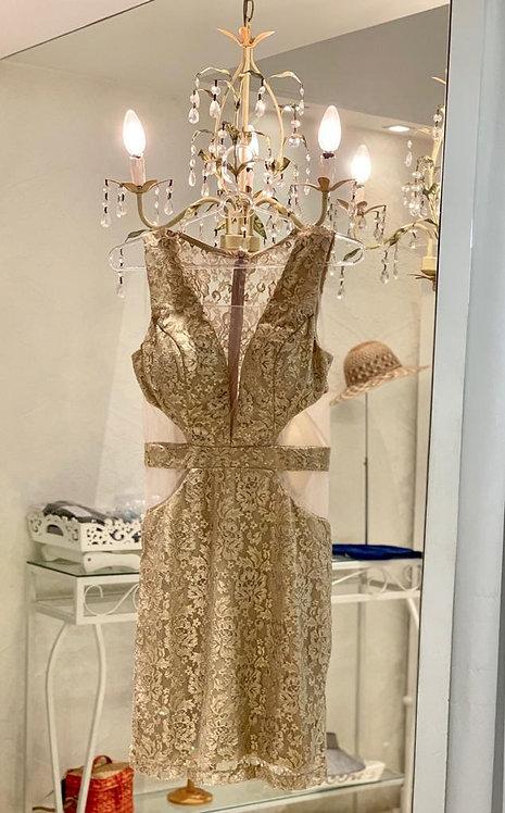 Vestido rendado dourado (P,M)