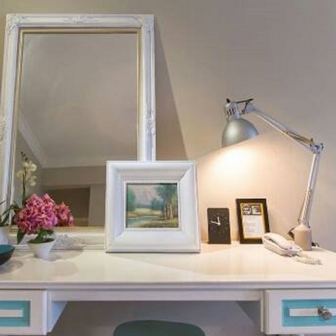 Century Bay Private Residence: Dressing Table