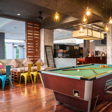 Century Bay Private Residences: Pool Table