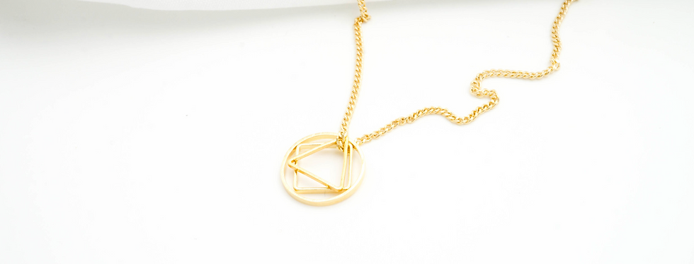 Geometric mini necklace
