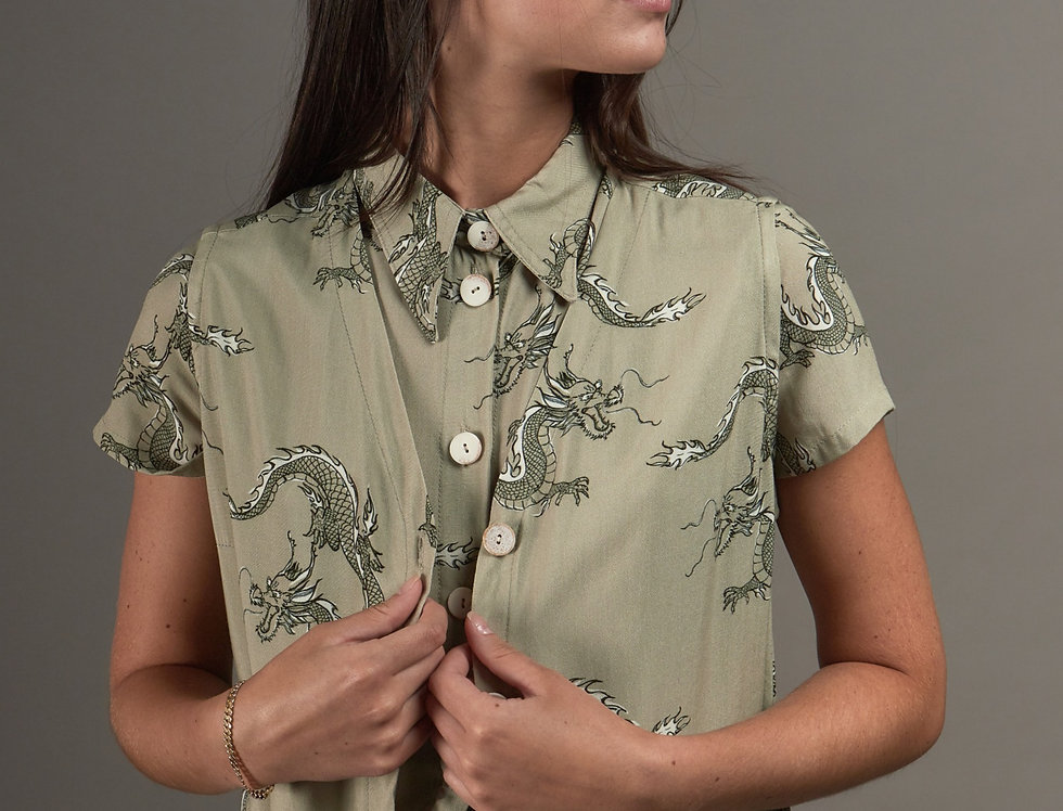 Buttoned printed top