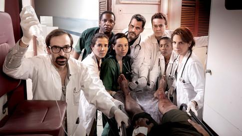 """Equipe de """"Sob Pressão"""" participa de lançamento da terceira temporada"""