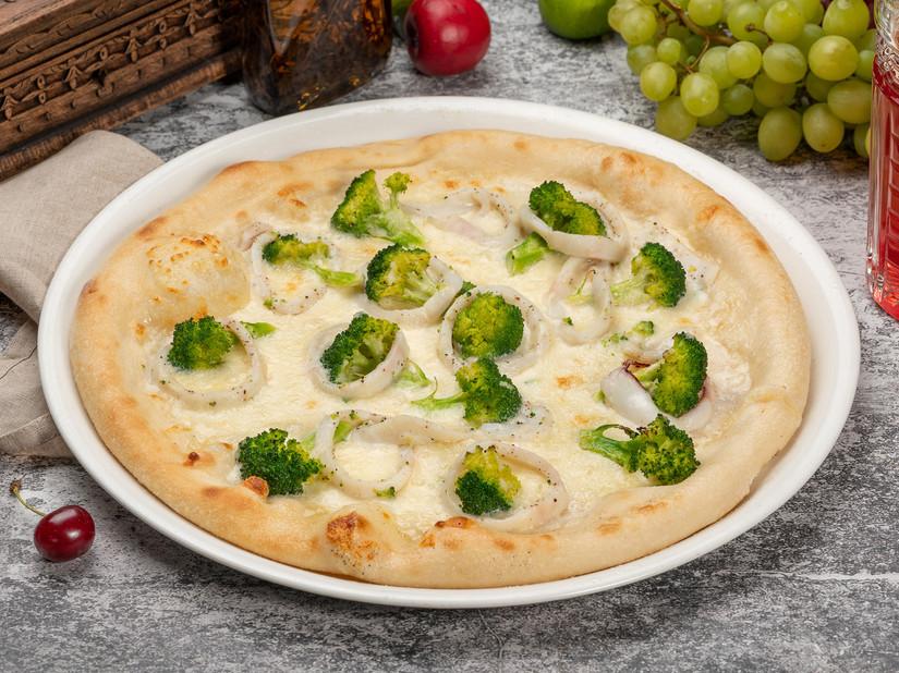 Пицца кальмары_1600х1200.jpg