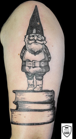 tatuaż skrzat