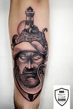 tatuaż graficzny morski
