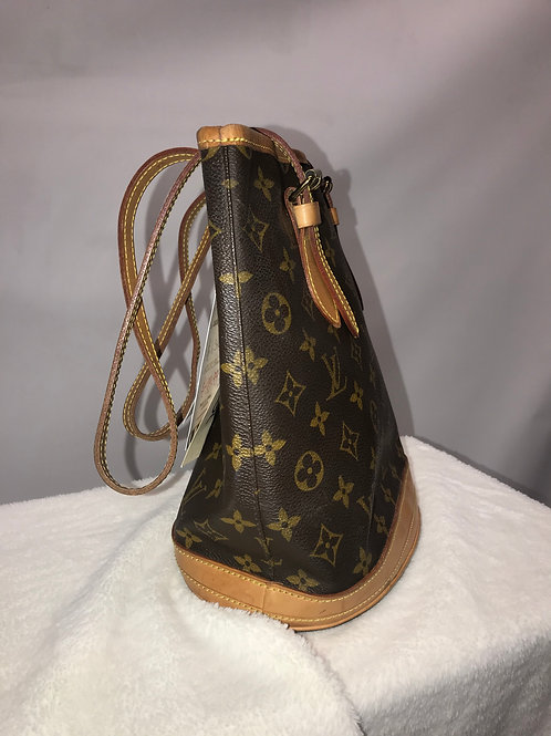 Louis Vuitton Bucket Monogram 23