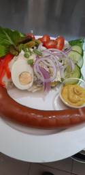 Rookwurst and potato salad