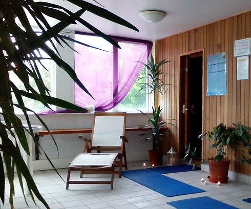 Sauna%20steamroom%20pic_edited.jpg