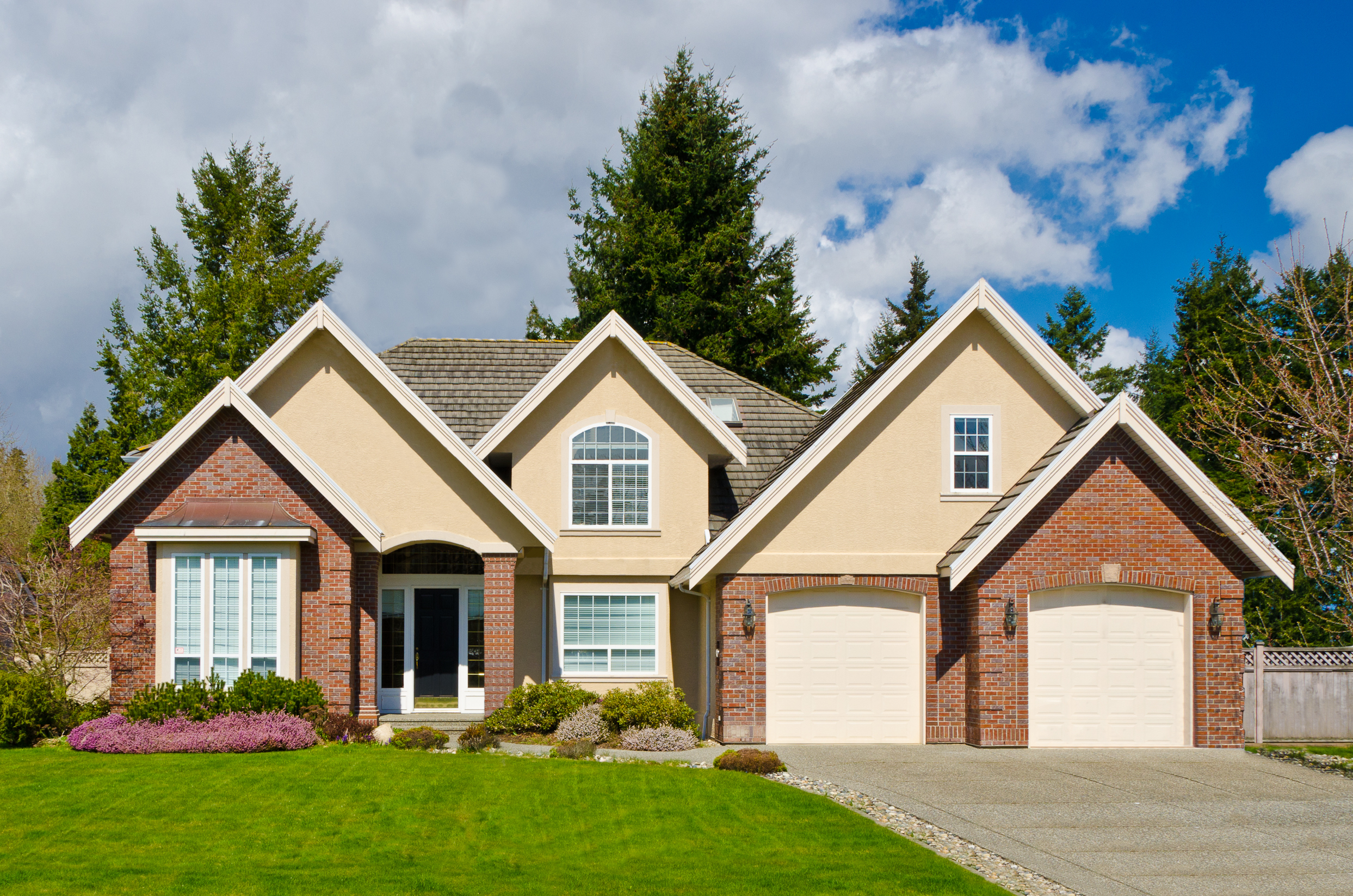 bigstock-Luxury-house-in-Vancouver-Can-2