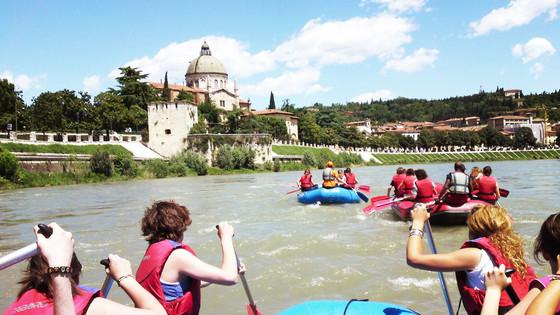 Scoprire Verona dal fiume