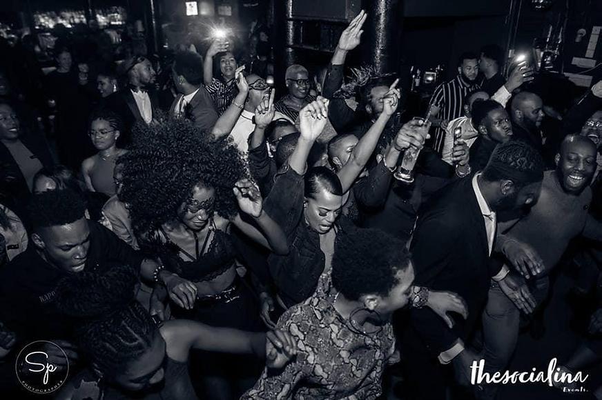 Nous sommes une association de jeunes antillais à Londres souhaitant proposer des événements Afro antillais et favoriser l'intégration des nouveaux à Londres.