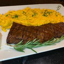 Fetuccini a la Huancaina with Entraña Steak 32.99