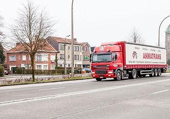 Vrachtwagen Anmatrans transportfirma