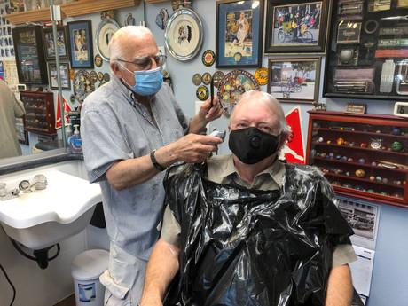 Medeiros Barber Shop Opens