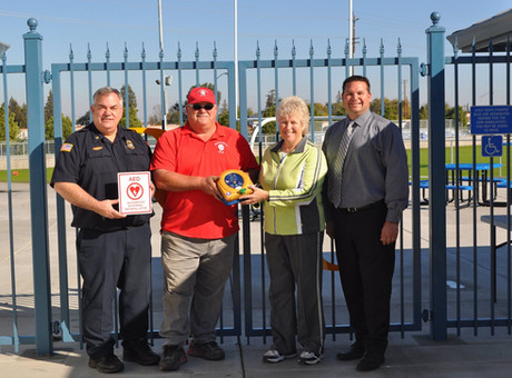 PRESS RELEASE – Ripon Christian receives AED from Ripon Quarterback Club