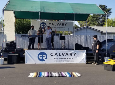 Calvary Reformed Church Holds Second Parking Lot Service
