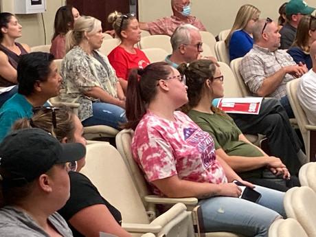 Ripon Parents Protest Enmasse Before School Board Meeting