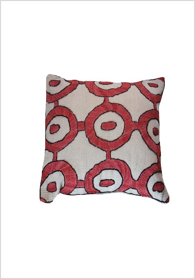 handembroidered-kilim-cushion-hk1
