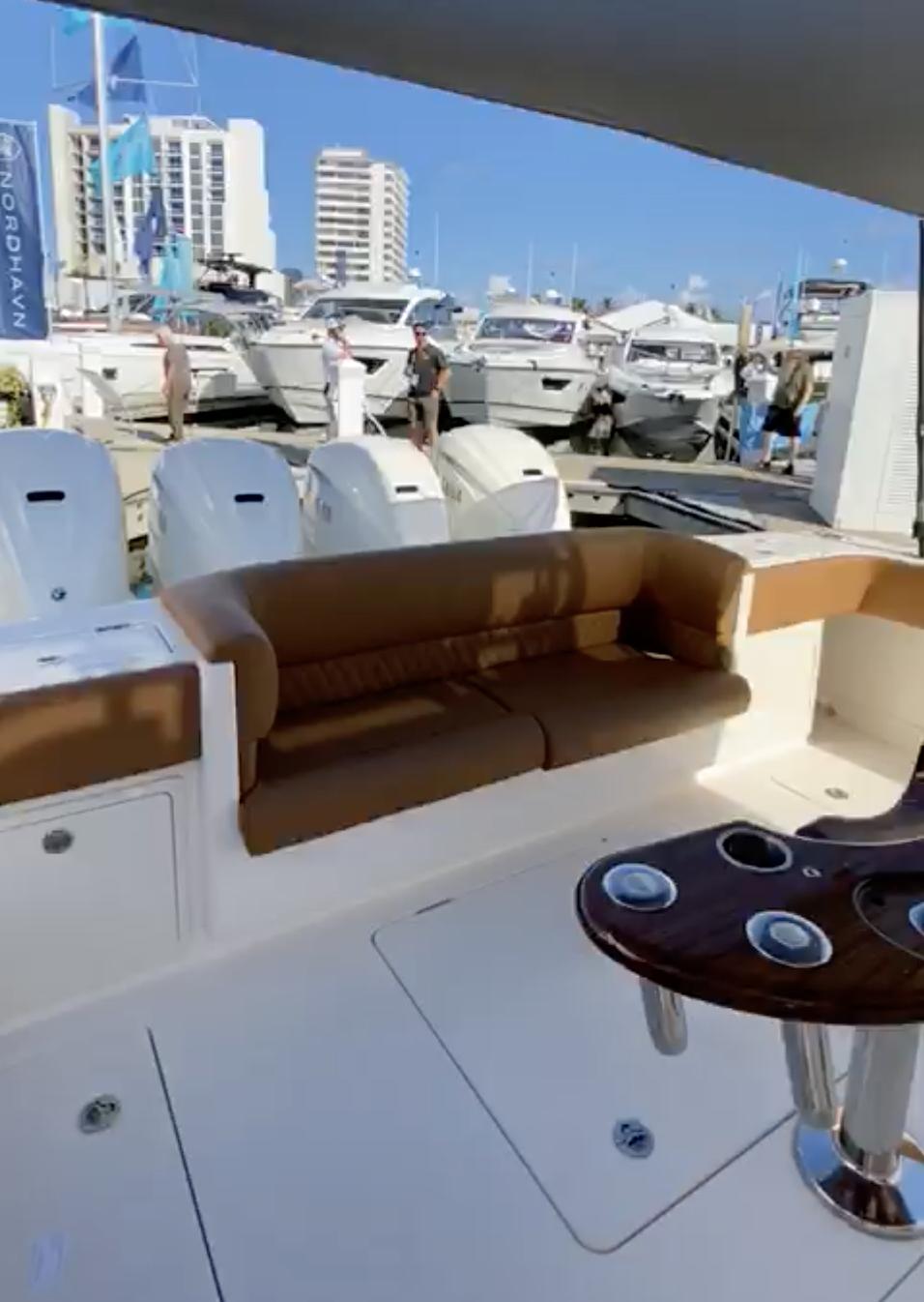 gulfstream yachts 52 metallic red integr