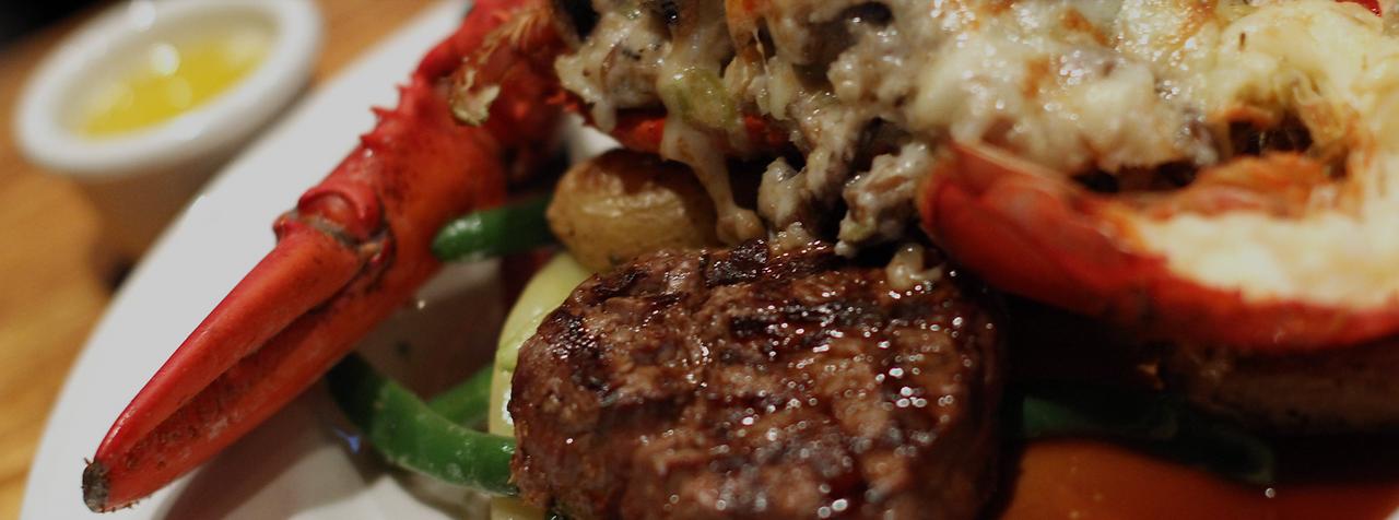 Best restaurants in Northville | Rocky's of Northville